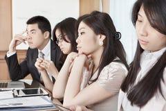 Sessão aborrecida da reunião Fotos de Stock Royalty Free