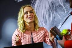 Sessão autógrafo de Elina Svitolina em Kyiv, Ucrânia foto de stock royalty free