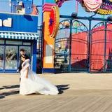 Sessão de foto do casamento de New York do Coney Island Imagens de Stock Royalty Free