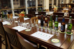 Sessão de gosto na cervejaria de Baltika - de St Petersburg Imagem de Stock Royalty Free