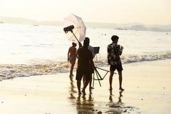 Sessão fotográfica na costa, província de krabi, Tailândia, em abril de 2019 fotografia de stock