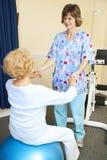 Sessione di terapia fisica Fotografia Stock Libera da Diritti