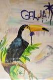 SESTRORETSK,俄罗斯:Toucan在墙壁上的鸟绘画在Sestroretsk, 2017年10月的04日俄罗斯 库存照片