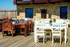 Sestroretsk Ρωσία 05 22 2018 CALIPSO εστιατόριο, ΑΣΠΡΕΣ ΝΥΧΤΕΣ σανατορίων Στοκ φωτογραφία με δικαίωμα ελεύθερης χρήσης