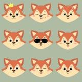 Set śliczna czerwonego lisa twarz z różnymi emocjami w kreskówka stylu Zdjęcie Royalty Free