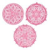Set śliczne okręgu ornamentu koronki w menchiach, mandala ilustracja wektor