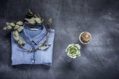 Set akcesoria mody ubrania widzieć od above, odgórny widok Zdjęcie Royalty Free