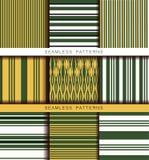 Set av seamless modeller f?r vektor Ändlösa texturer i gröna gula vita svarta färger Retro abstrakt randig bakgrund stock illustrationer