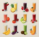 Set av smakliga nya sammanpressade fruktsaftar. Royaltyfri Fotografi