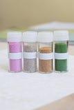Set barwiący rhinestones w przejrzystym pudełku z etykietką Zdjęcie Royalty Free