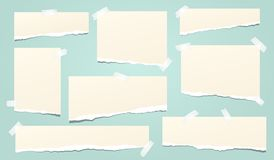 Set beż rozdzierał notatnika papier, drzejący nutowi papierowi paski wtykający na turkusowym tle również zwrócić corel ilustracji royalty ilustracja