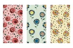 Set bezszwowa wektorowa ręka rysujący doodle dziecinny kwiecisty wzór Tło z dziecięcymi kwiatami, liście Dekoracyjny śliczny wykr Zdjęcia Stock