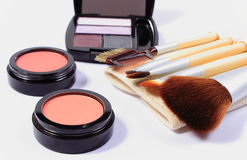 Set of brushes and cosmetics for makeup Royalty Free Stock Photos