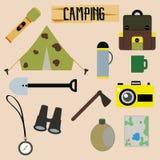 Set Campingowi wyposażenie symbole ilustracji