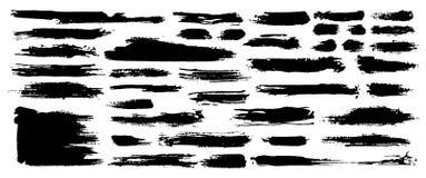 Set czarna farba, atramentu muśnięcia uderzenia, muśnięcia, wykłada Brudzi artystycznych grunge projekta elementy wektor royalty ilustracja