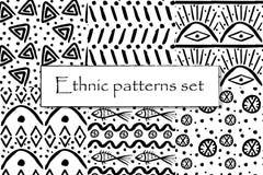 Set czarny i biały etniczny wzór ilustracji