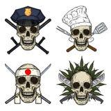 Set cztery czaszki, milicyjnego mężczyzna, szef kuchni, kamikadze i rastaman, Wektorowa czaszka ilustracji