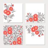 Set cztery karty z czerwonymi abstrakcjonistycznymi kwiatami Fotografia Royalty Free