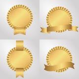 Set cztery nasadki z faborkami, złoty ilustracji