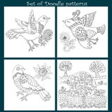 Set of Decorative doodle birds. Decorative background with doodle zentangle design Royalty Free Stock Photos