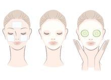 Set der schönen Frau mit Gesichtsmaske Lizenzfreie Stockfotografie