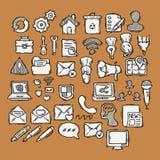 Set doodle sieć, komputer i rysunkowe ikony, royalty ilustracja