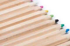Set drewniani kolorów ołówki odizolowywający na bielu Fotografia Royalty Free