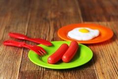 Set dzieciaków naczynia Dziecka ` s zabawki Dziecka ` s kuchni gra Zdjęcia Stock