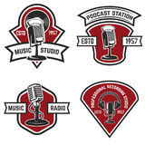 Set of  emblems with old style microphone isolated on white back. Ground. Design elements for logo, label, sign. Vector illustration Royalty Free Stock Photos