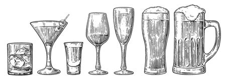 Set glass beer, whiskey, wine, tequila, cognac, champagne, cocktails Vector engraved vintage illustration isolated on white backgr Royalty Free Stock Photos