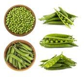 Set grüne Erbsen Grüne Erbsen lokalisiert auf einem weißen Hintergrund Gemüse mit Kopienraum für Text Frische grüne Erbsen auf ei Stockfotografie