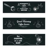 Set horyzontalni sztandary Plakat z powitania literowaniem stylizował rysunek z filiżanką coffe kreda na blackboard Obrazy Stock