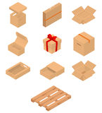 Set of isometric cardboard boxes and pallet Stock Photo