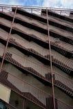 Set kilka schody obok each inny jako symbol wstępujący i malejący Obrazy Stock