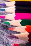Set kolorów ołówki na drewnianym tle Makro- z bliska Zdjęcia Royalty Free