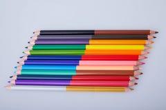Set kopia barwił ołówki na białym tle zdjęcia stock