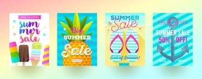 Set lato sprzedaży promoci sztandary Wakacje, wakacje i podróży kolorowy jaskrawy tło, Plakata lub gazetki projekt ilustracji