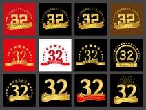 Set liczba trzydzieści dwa 32 roku świętowanie projekta Rocznicowi złoci numerowi szablonów elementy dla twój przyjęcia urodzinow royalty ilustracja