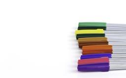 Set magiczni kolorów pióra różni kolory i teksta plecy Fotografia Royalty Free