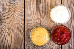 Set majonez, ketchup i musztarda trzy klasyków, Zdjęcie Royalty Free