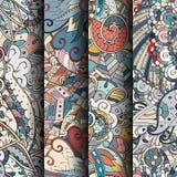 Set maswerków kolorowi bezszwowi wzory Wyginający się doodling tła dla tkaniny lub druk z mehndi i etnicznymi motywami royalty ilustracja