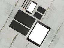 Set mockup elementy na drewno stole Mockup biznesu szablon Fotografia Royalty Free