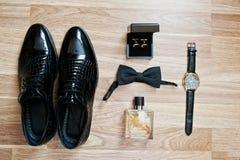 Set modny mężczyzna ` s odzieżowy i akcesoria Ustaleni fornala łęku krawaty, obrazy stock