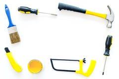 Set narzędzia dla budowy, farby i naprawy domu na białym tło odgórnego widoku egzaminie próbnym, Zdjęcia Stock