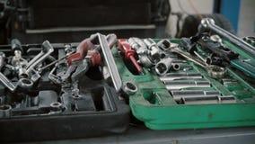 Set narzędzia dla naprawa Demontującego samochodu przy samochód usługa zdjęcie wideo