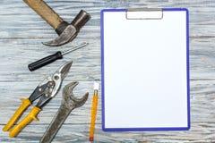 Set narzędzia na drewnianym tle, copyspace Zdjęcie Royalty Free