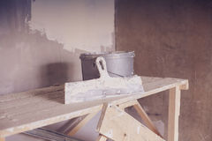Set narzędzie, szpachelka i wiadro tynk kielni, Obraz Royalty Free