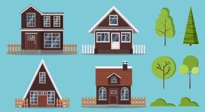 Set odosobneni wiejscy drewniani gospodarstwo rolne domy z ogrodzeniami: dwa kondygnacja, rama, taflujący dach i komin, attyk royalty ilustracja