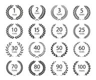 Free Set Of Anniversary Laurel Wreaths. Black And White Anniversary Symbols Isolated On Black Background. 1, 2, 3, 5, 10, 15, 20, 25, Stock Photography - 185522762