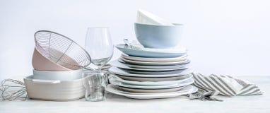 Free Set Of Beautiful Kitchenware Royalty Free Stock Photo - 189349725